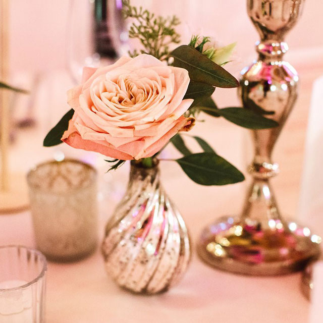 Fruehauf Genuss Hochzeit Blumenschmuck Am Tisch Fruhauf Genuss